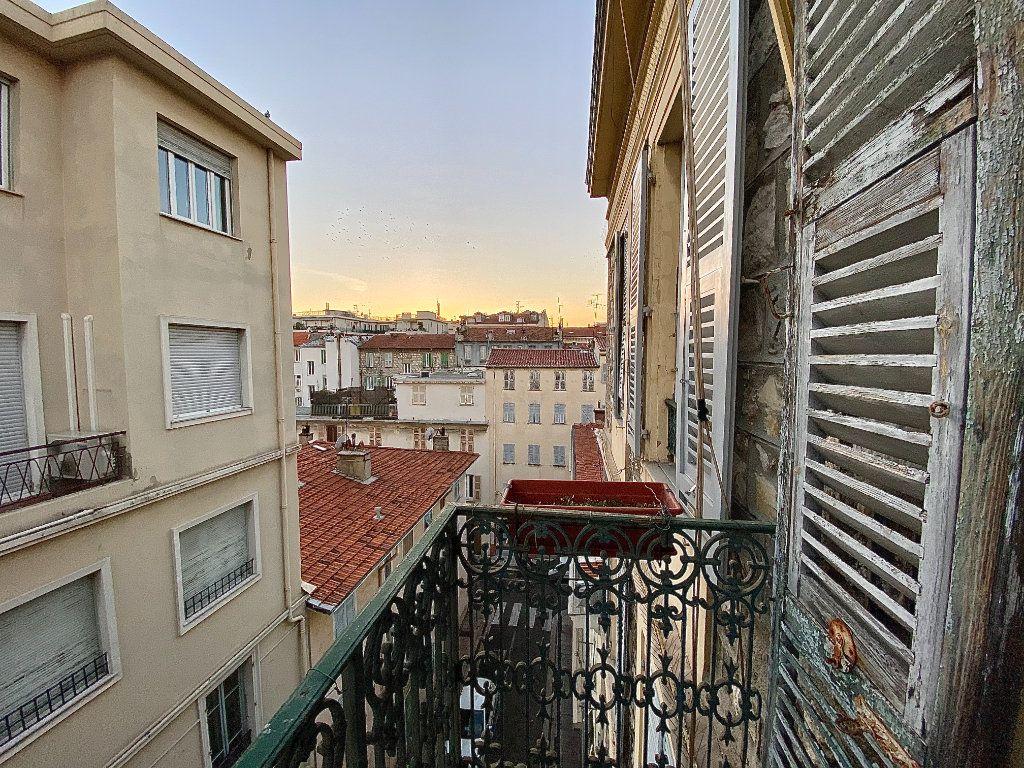 Appartement à vendre 3 49m2 à Nice vignette-1