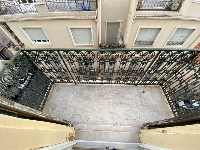 Appartement à vendre 3 49m2 à Nice vignette-2