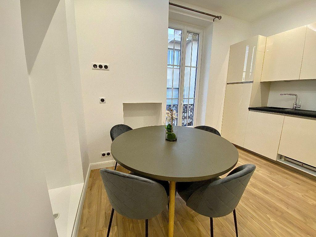 Appartement à vendre 3 49m2 à Nice vignette-4