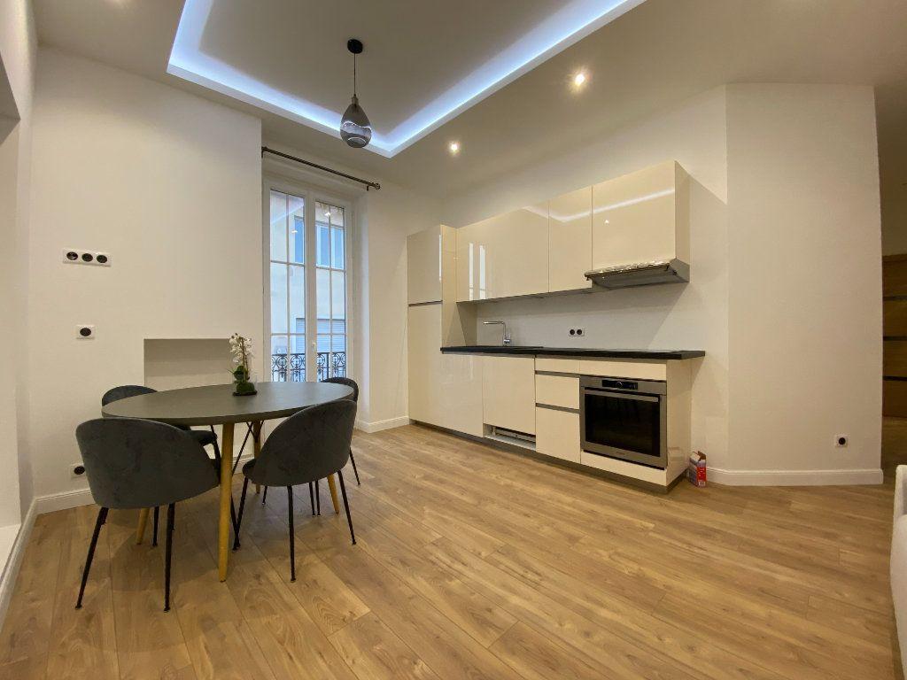 Appartement à vendre 3 49m2 à Nice vignette-5