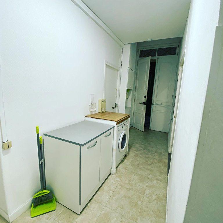 Appartement à vendre 7 137m2 à Nice vignette-6