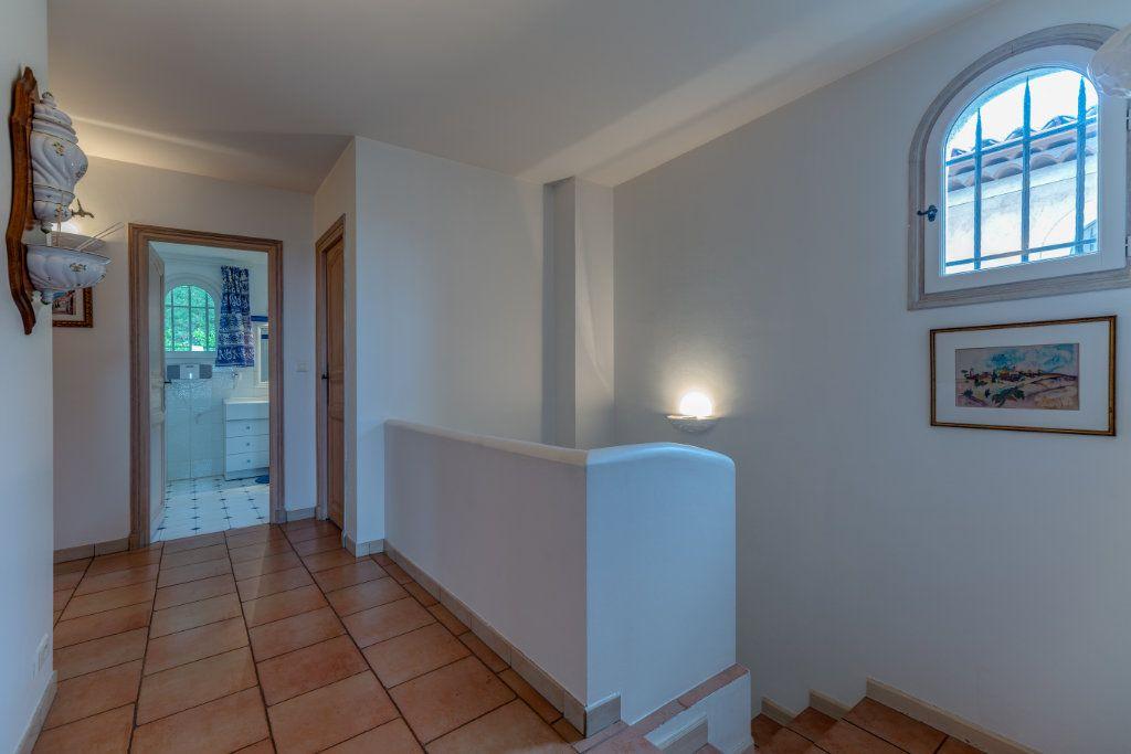 Maison à vendre 4 135m2 à Nice vignette-13