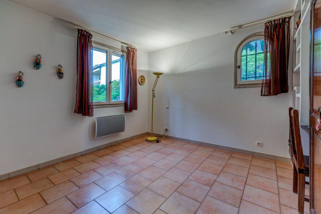 Maison à vendre 4 135m2 à Nice vignette-17