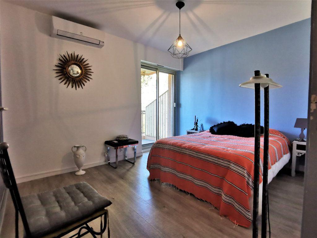 Appartement à vendre 4 100m2 à Nice vignette-6