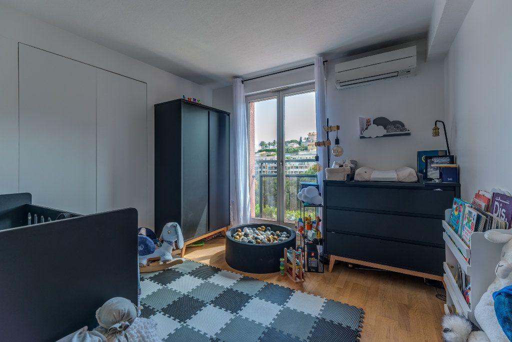 Appartement à vendre 4 117m2 à Nice vignette-8