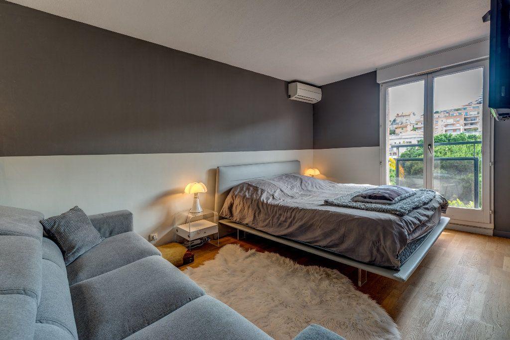 Appartement à vendre 4 117m2 à Nice vignette-11