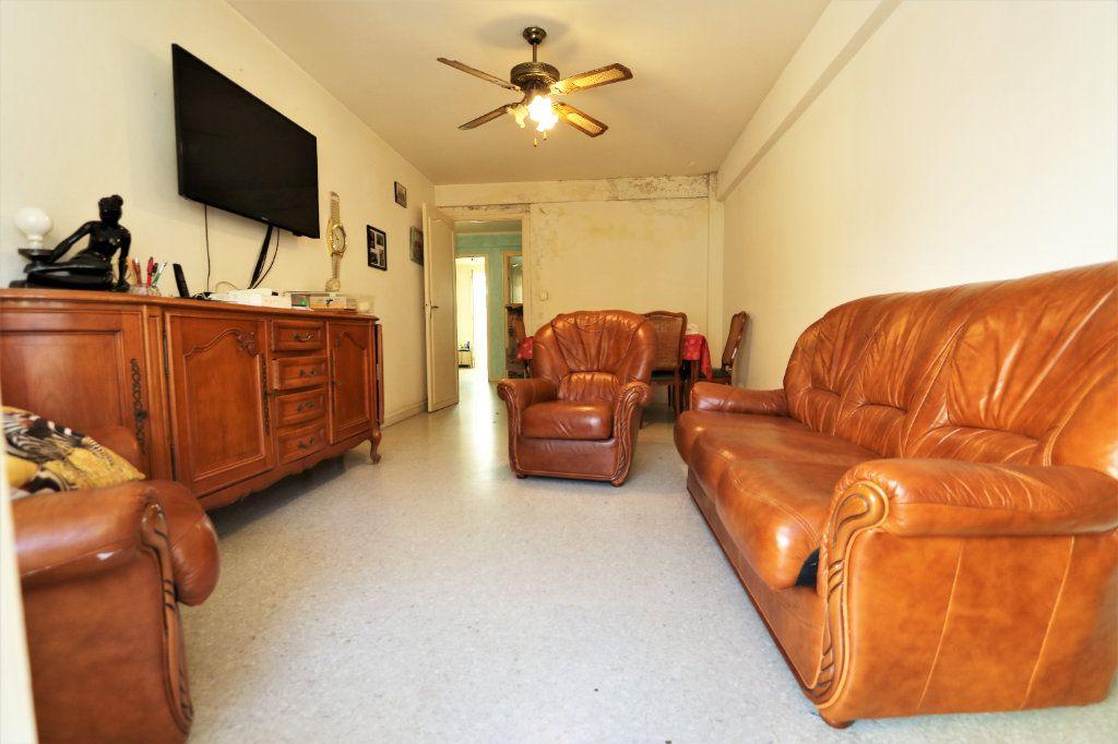 Appartement à vendre 3 63.4m2 à Cagnes-sur-Mer vignette-2