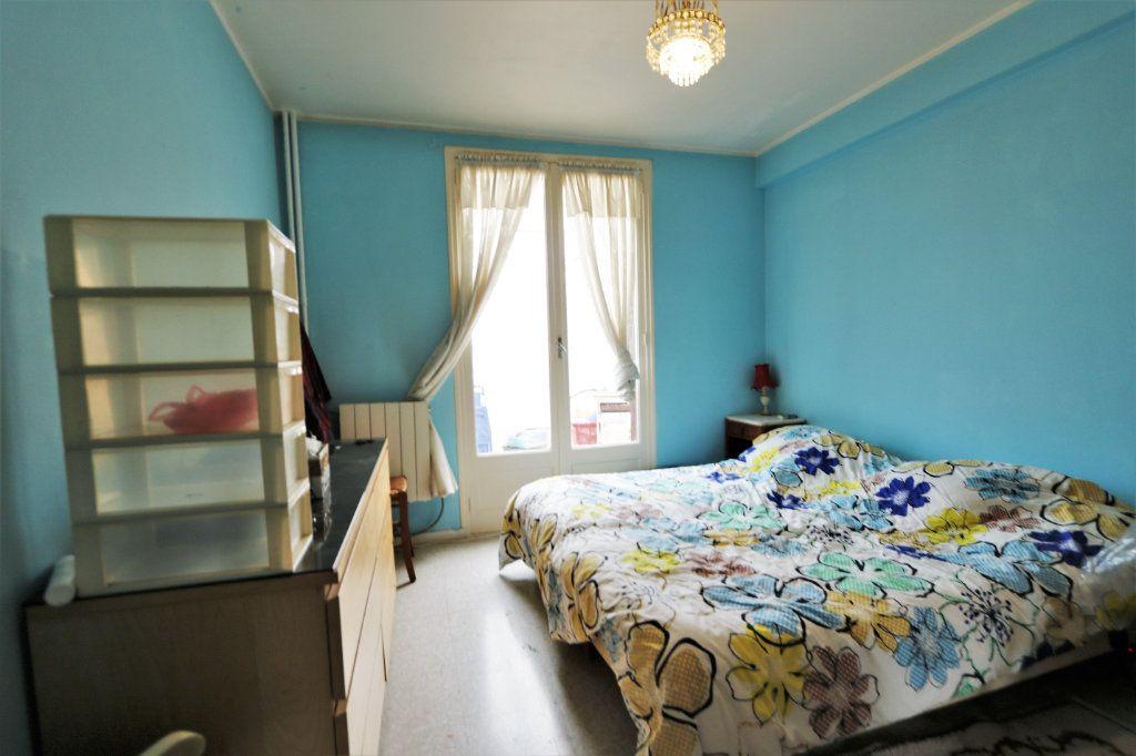 Appartement à vendre 3 63.4m2 à Cagnes-sur-Mer vignette-7
