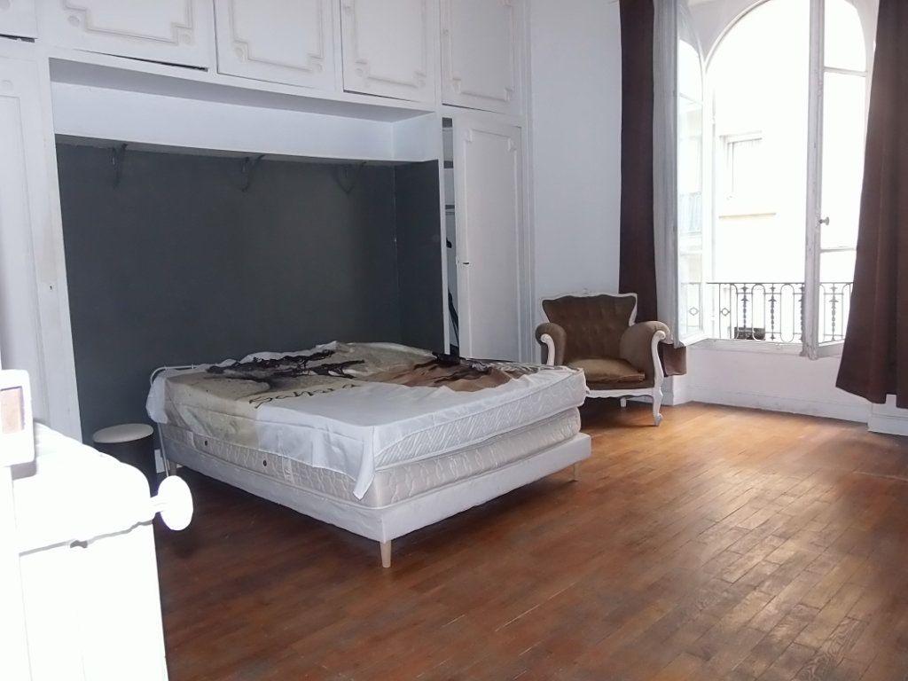 Appartement à louer 2 62m2 à Nice vignette-2