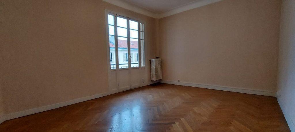 Appartement à louer 2 65m2 à Nice vignette-4