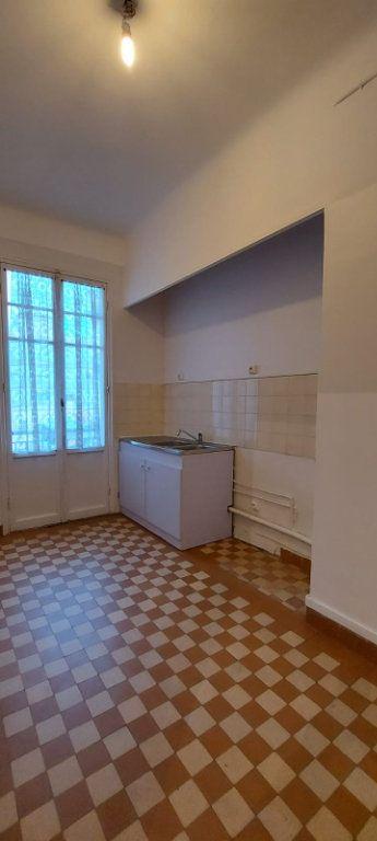 Appartement à louer 2 65m2 à Nice vignette-6