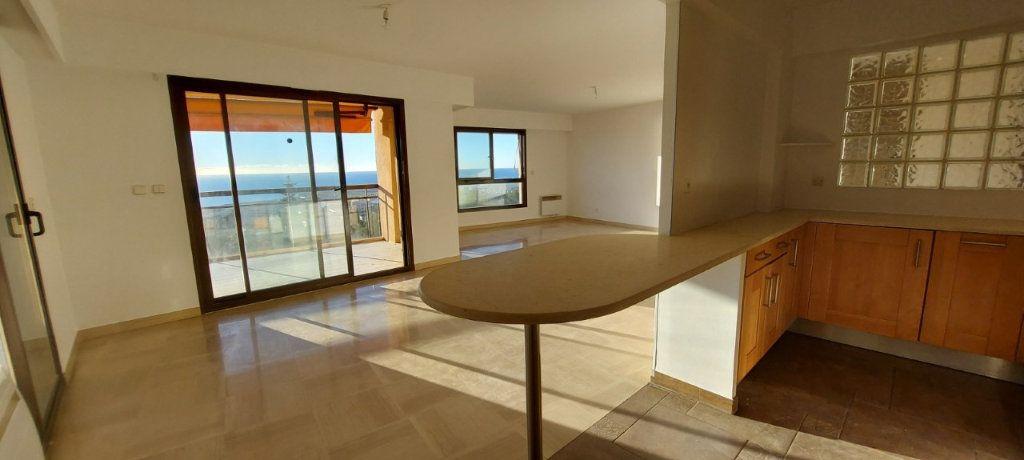 Appartement à louer 4 109m2 à Nice vignette-9