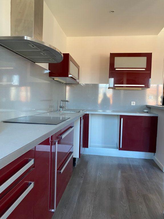 Appartement à louer 1 36m2 à Nice vignette-4