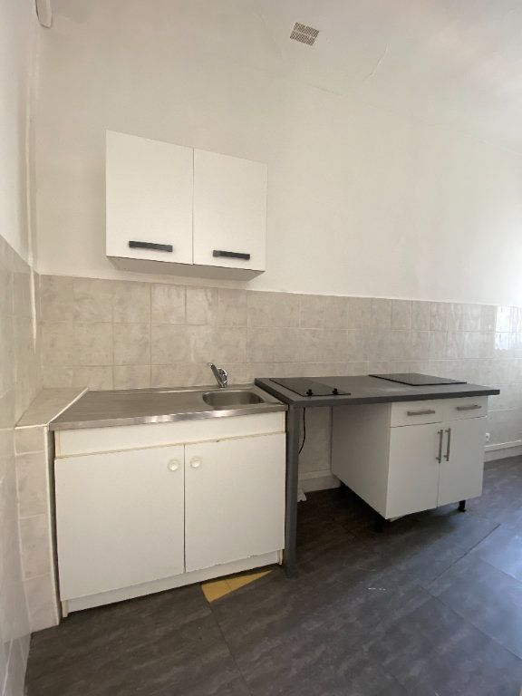 Appartement à louer 2 38m2 à Nice vignette-6