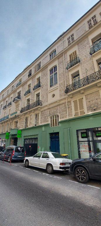 Appartement à louer 2 38m2 à Nice vignette-8