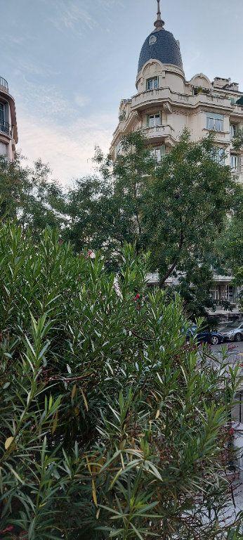 Appartement à louer 1 38m2 à Nice vignette-5