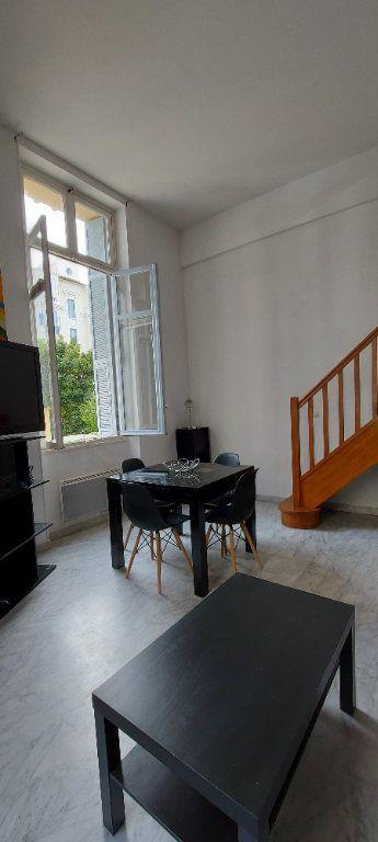 Appartement à louer 2 55m2 à Nice vignette-4