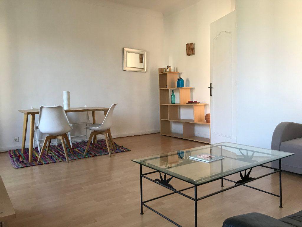 Appartement à louer 2 56m2 à Nice vignette-2