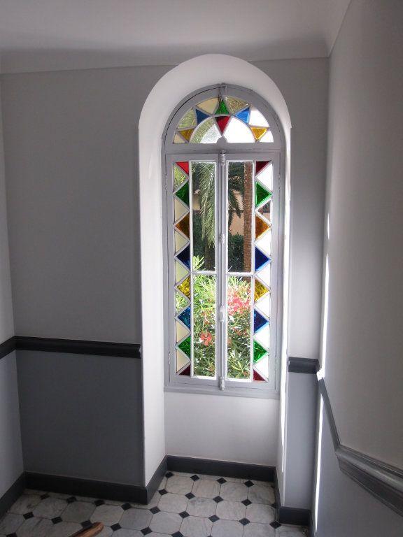 Appartement à louer 3 64m2 à Nice vignette-5