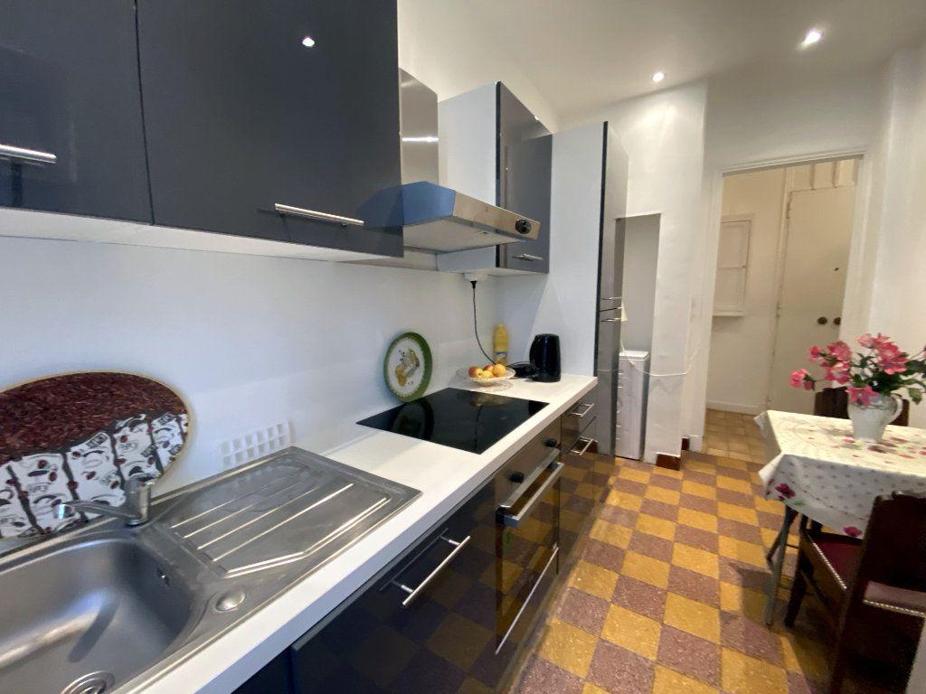 Appartement à vendre 3 75.38m2 à Nice vignette-3