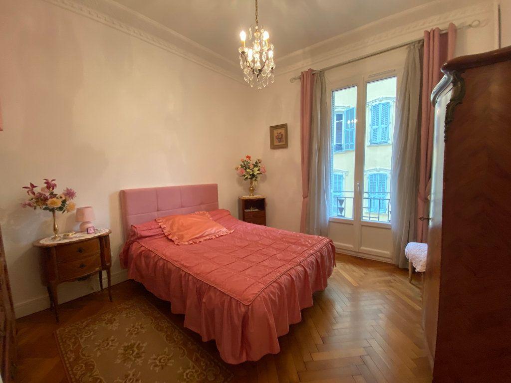 Appartement à vendre 3 75.38m2 à Nice vignette-9