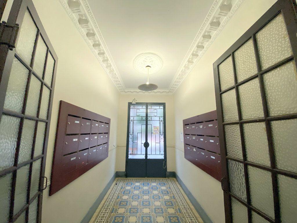 Appartement à vendre 3 75.38m2 à Nice vignette-10