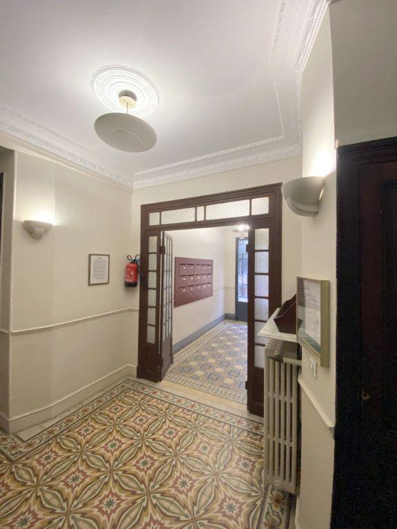 Appartement à vendre 3 75.38m2 à Nice vignette-11