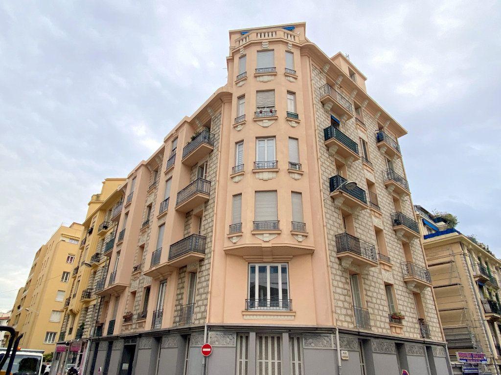Appartement à vendre 3 75.38m2 à Nice vignette-12