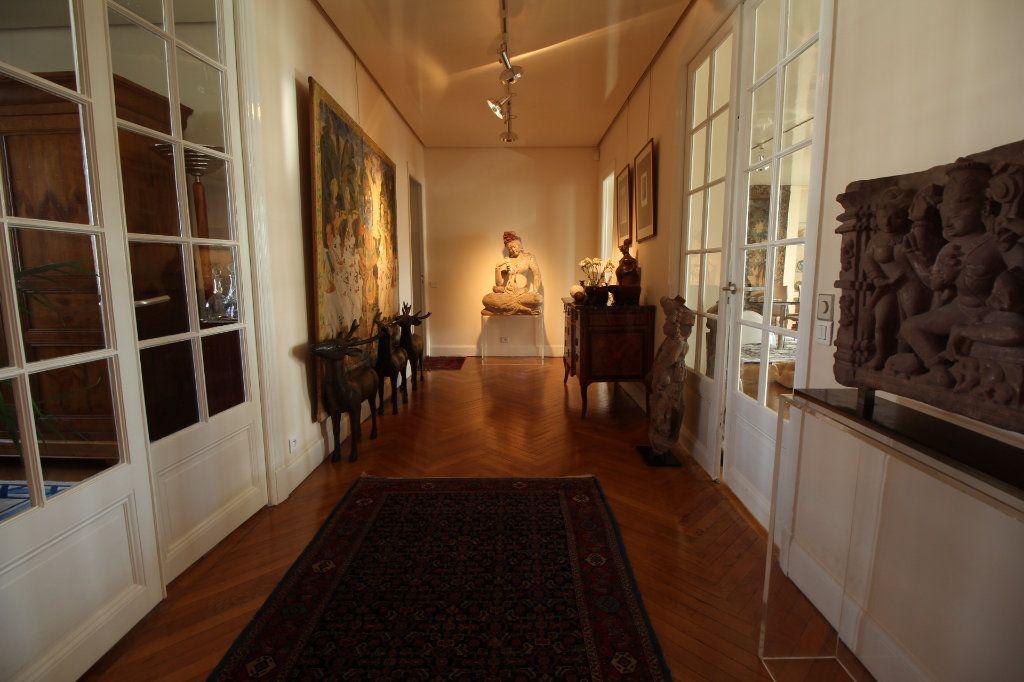 Appartement à vendre 7 230m2 à Nice vignette-4
