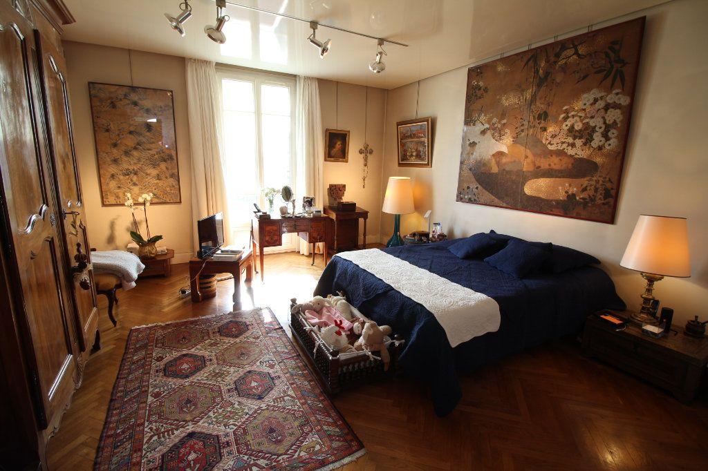 Appartement à vendre 7 230m2 à Nice vignette-7