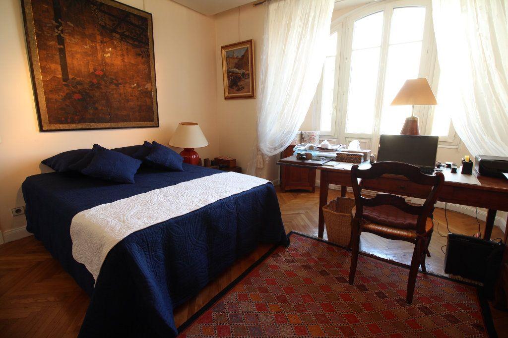 Appartement à vendre 7 230m2 à Nice vignette-9