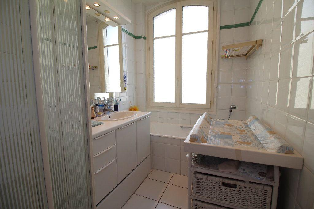 Appartement à vendre 7 230m2 à Nice vignette-13