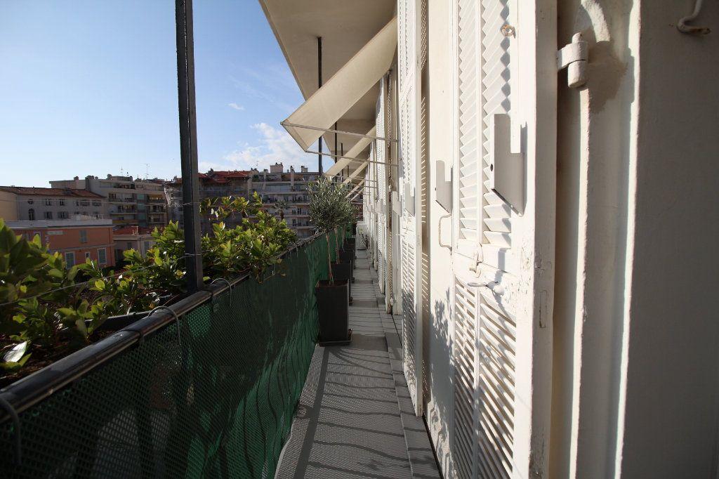 Appartement à vendre 7 230m2 à Nice vignette-15