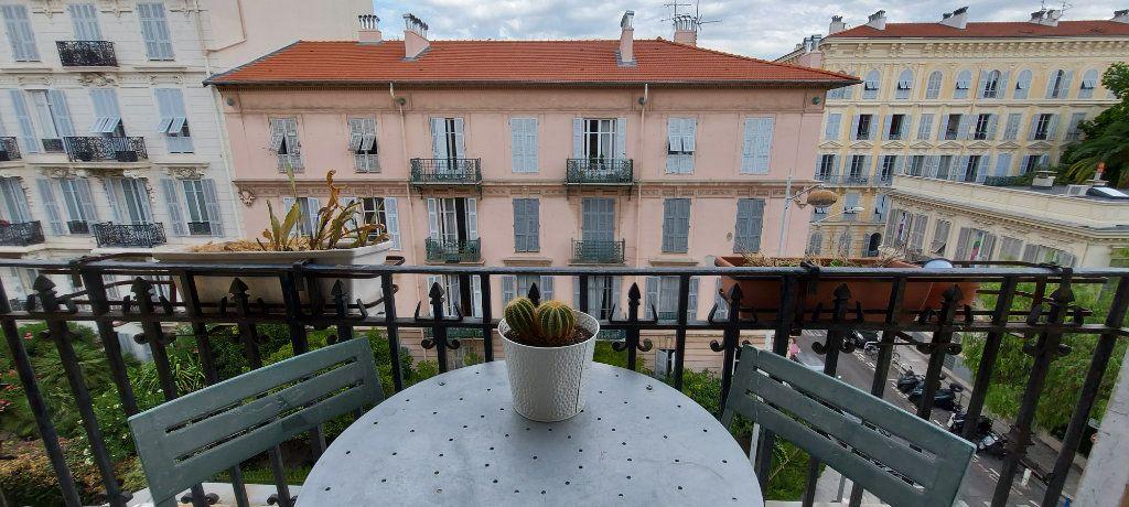 Appartement à louer 2 44m2 à Nice vignette-1