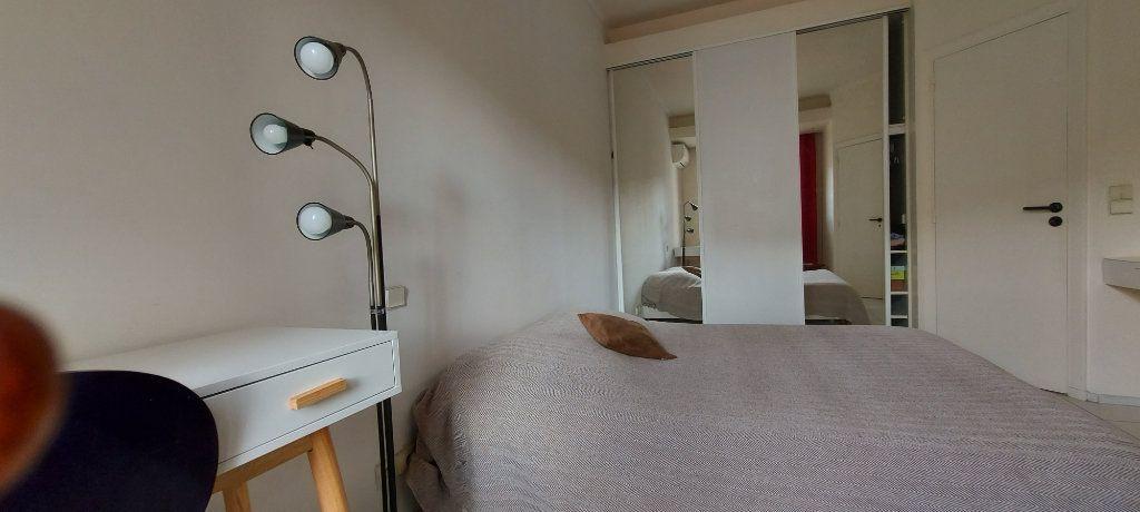Appartement à louer 2 44m2 à Nice vignette-4