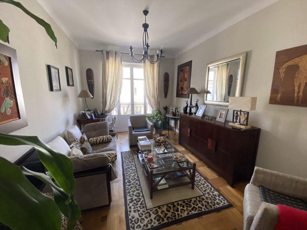 Appartement à vendre 3 70.69m2 à Nice vignette-3
