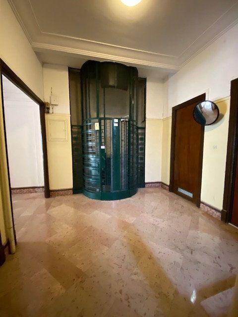 Appartement à louer 5 116m2 à Nice vignette-8