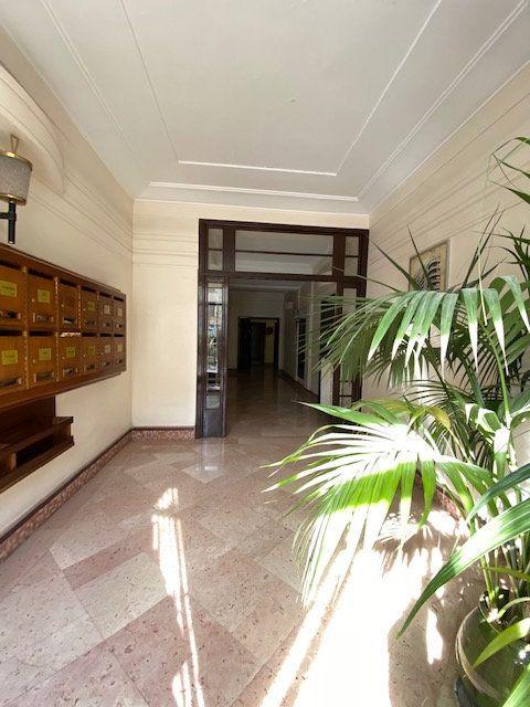 Appartement à louer 5 116m2 à Nice vignette-12