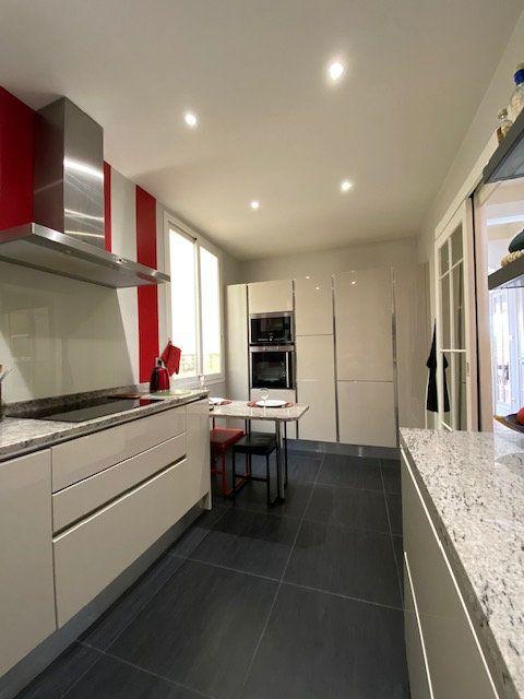 Appartement à vendre 4 138m2 à Nice vignette-9