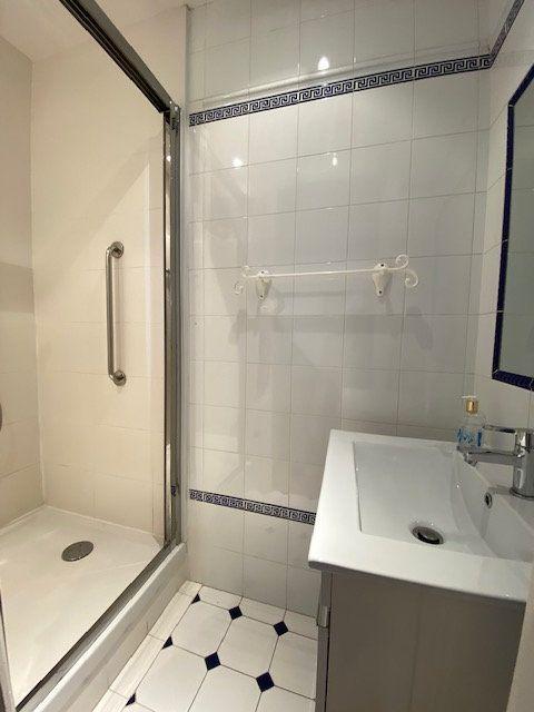 Appartement à vendre 4 138m2 à Nice vignette-13