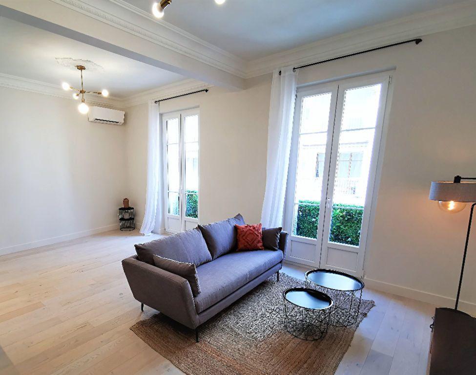 Appartement à vendre 3 77.44m2 à Nice vignette-3