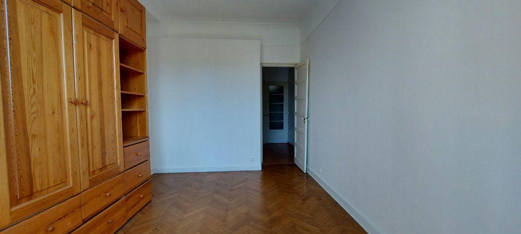Appartement à louer 3 63m2 à Nice vignette-2