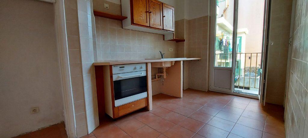 Appartement à louer 3 63m2 à Nice vignette-6
