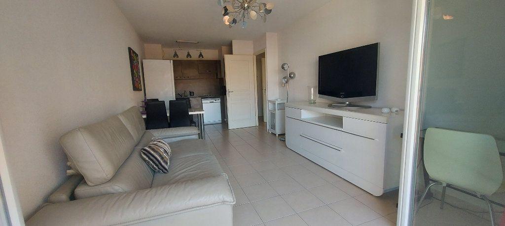 Appartement à vendre 2 39.61m2 à Nice vignette-3