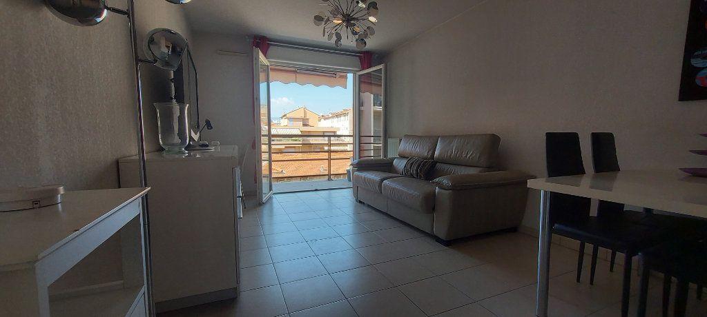 Appartement à vendre 2 39.61m2 à Nice vignette-5