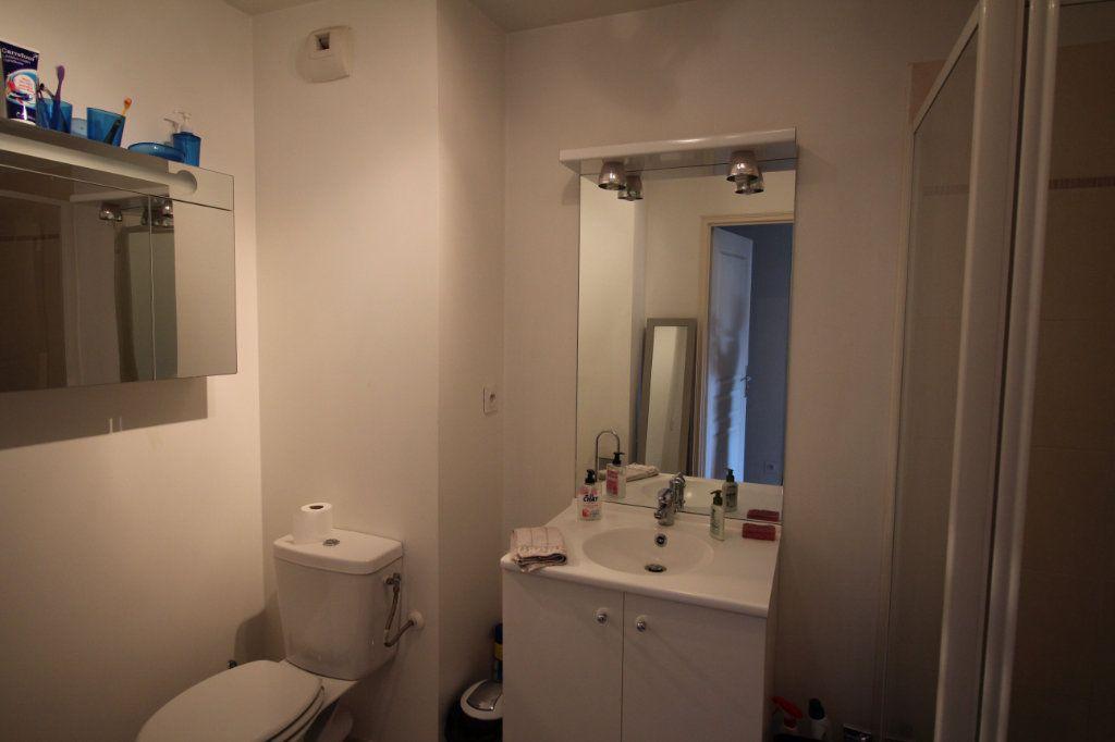 Appartement à vendre 2 39.61m2 à Nice vignette-10