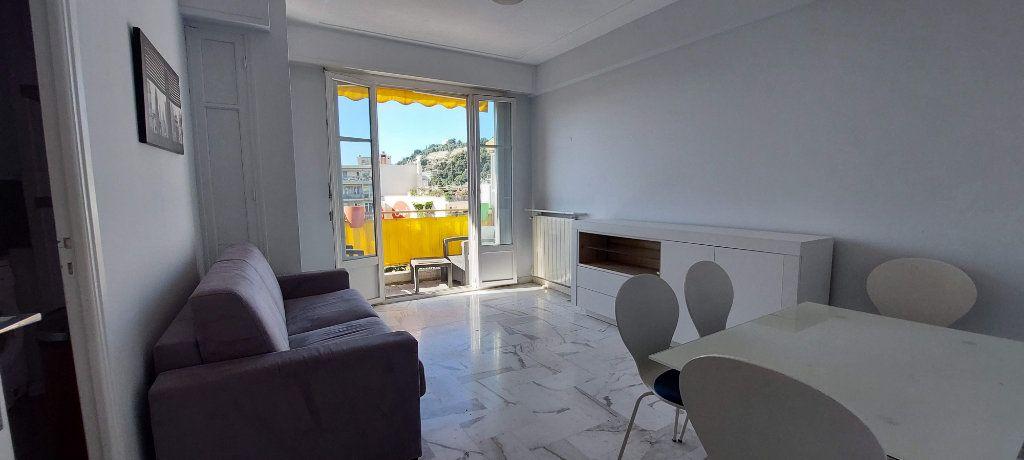 Appartement à louer 1 32m2 à Nice vignette-4