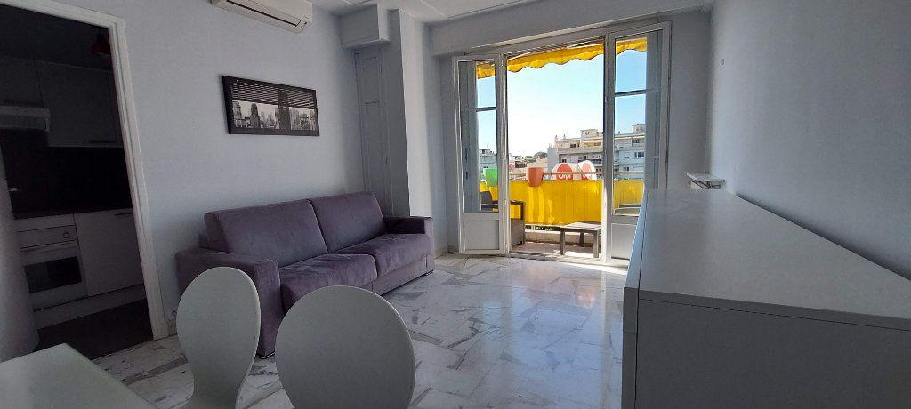 Appartement à louer 1 32m2 à Nice vignette-5