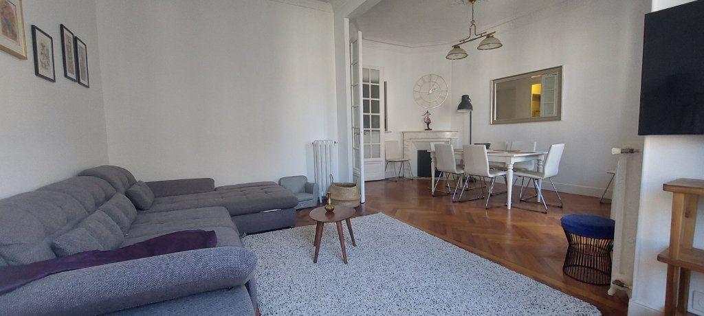 Appartement à louer 2 70m2 à Nice vignette-5