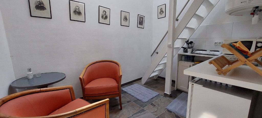 Appartement à louer 2 70m2 à Nice vignette-11